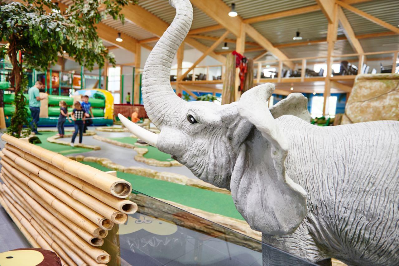 Elefantööööös
