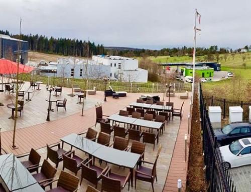 Neue Terrasse mit Panoramablick in die Natur